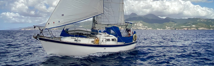 Yacht Fathom - A Vancouver 28